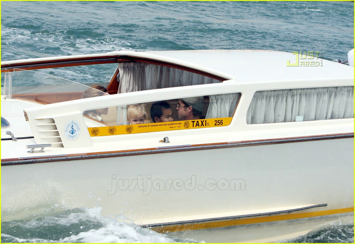 brad angelina water taxi ride 17562091