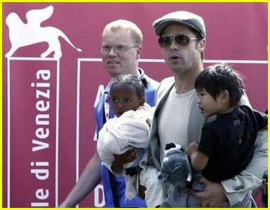 brad angelina water taxi ride 32562241