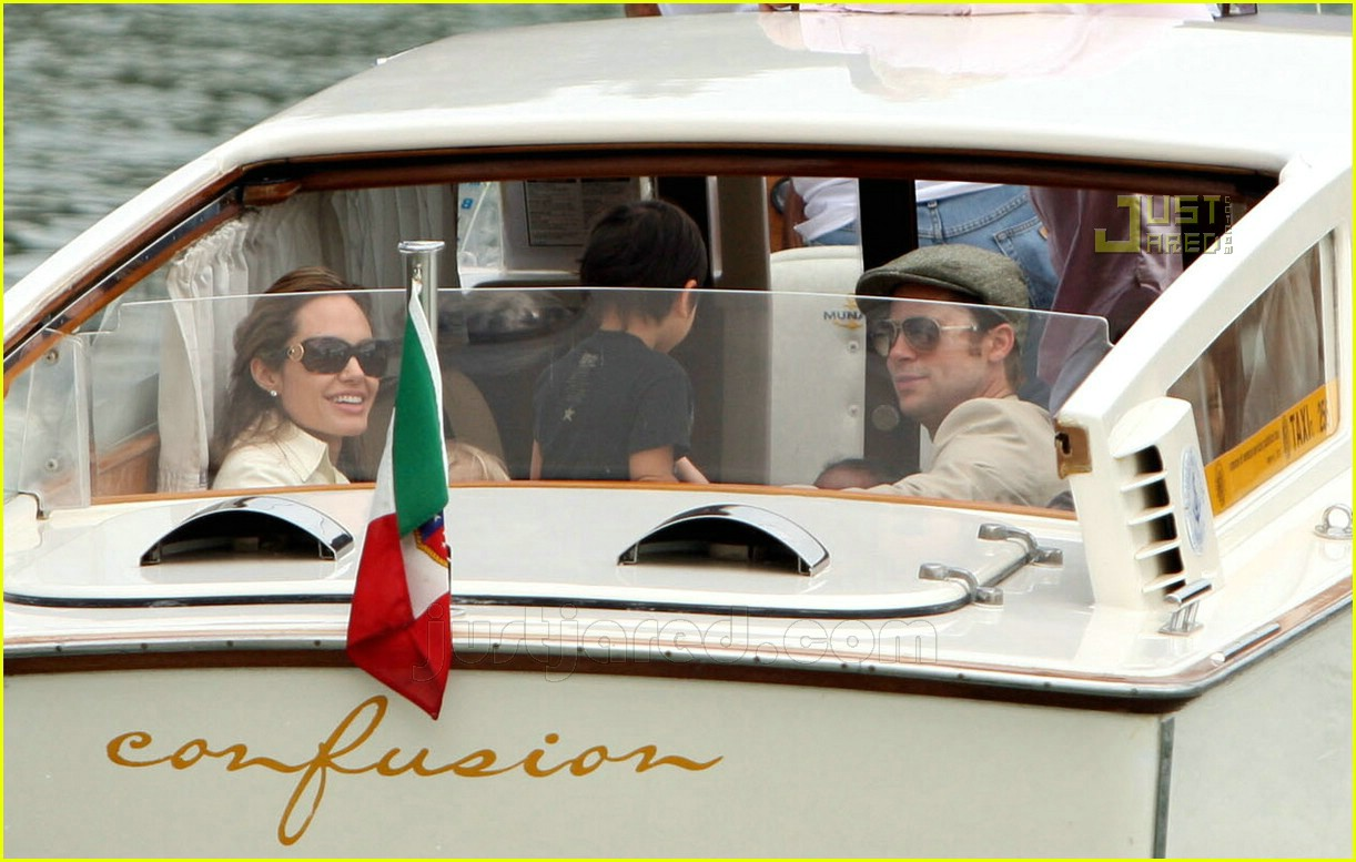 brad angelina water taxi ride 36562281