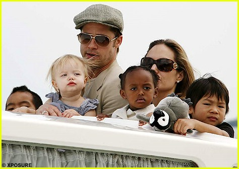 brad angelina water taxi ride 41