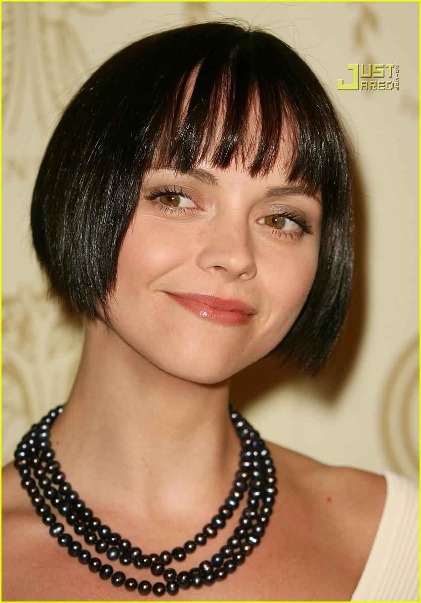Christina Ricci Has Super Short Hair Photo 590881 Christina Ricci