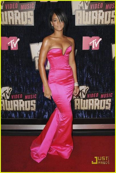 Rihanna VMAs 2007 Photo 576151