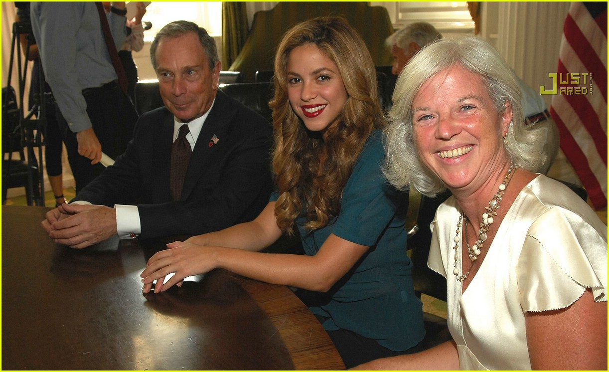 shakira mayor bloomberg 27619281
