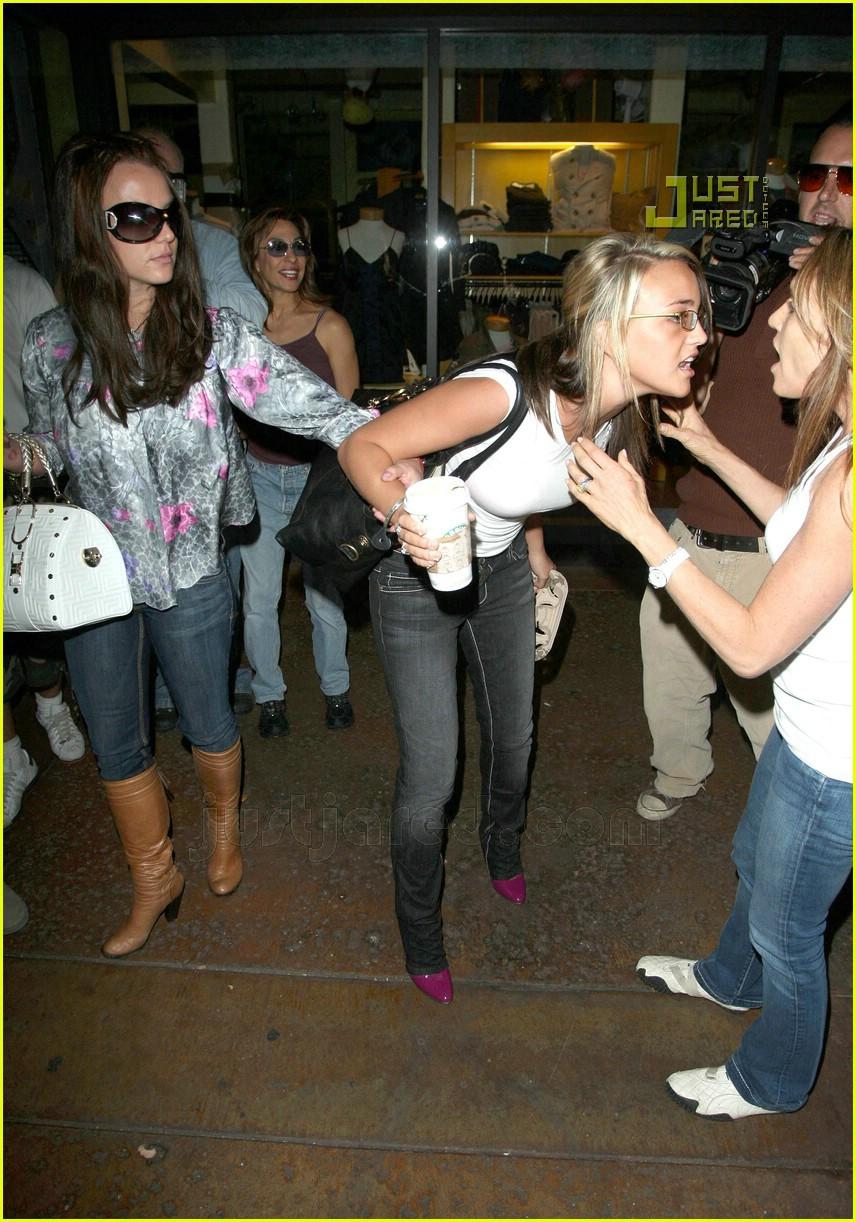 Britney Jamie Lynn Sister Sister Bonding Photo 643141 Britney Spears Jamie Lynn Spears Pictures Just Jared