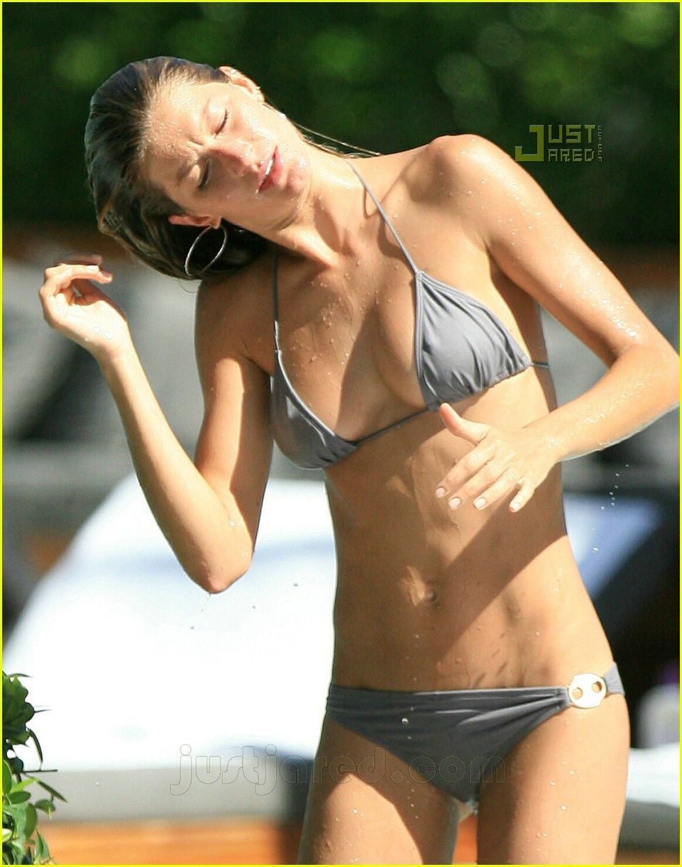 gisele bundchen bikini pictures more 03
