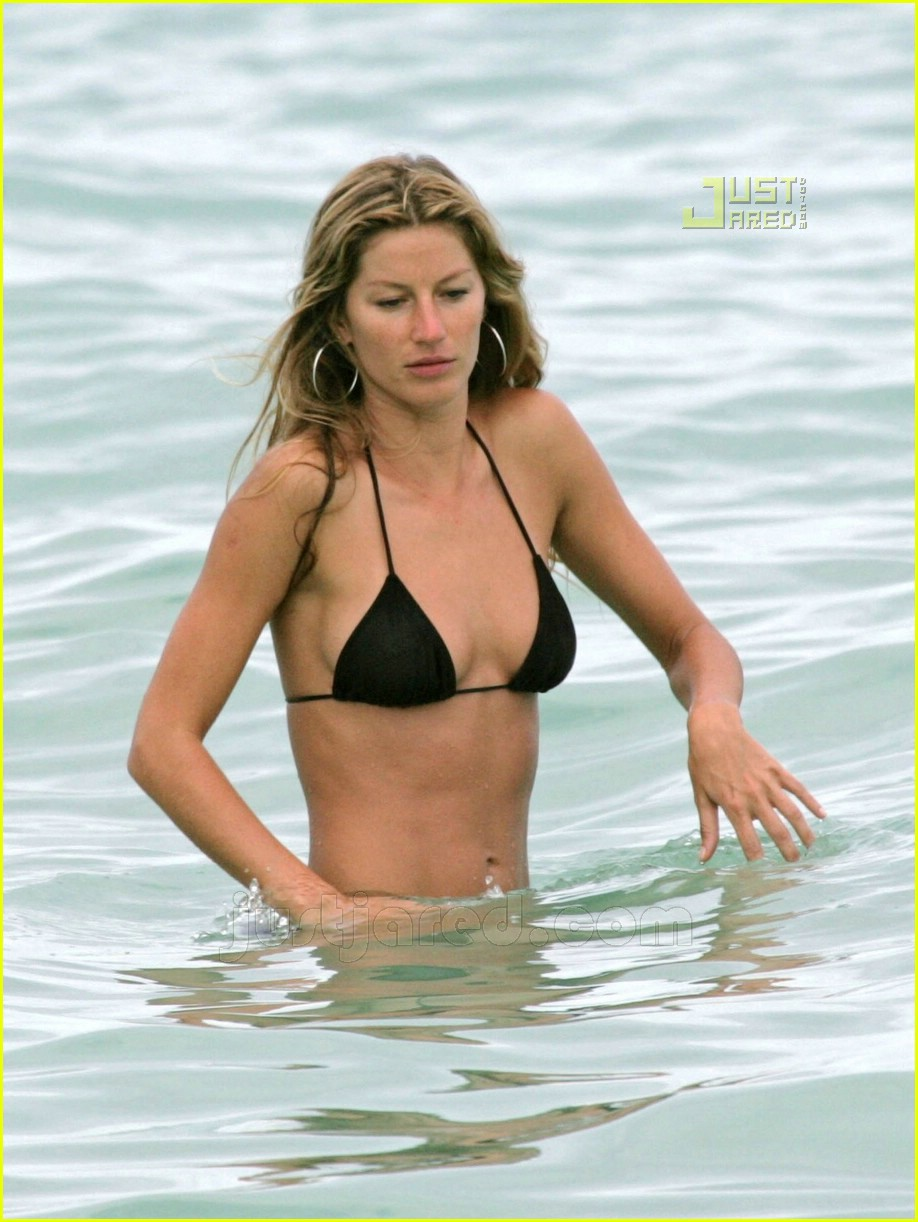 Bikini Gisele Bundchen nude (72 foto and video), Pussy, Sideboobs, Instagram, braless 2006