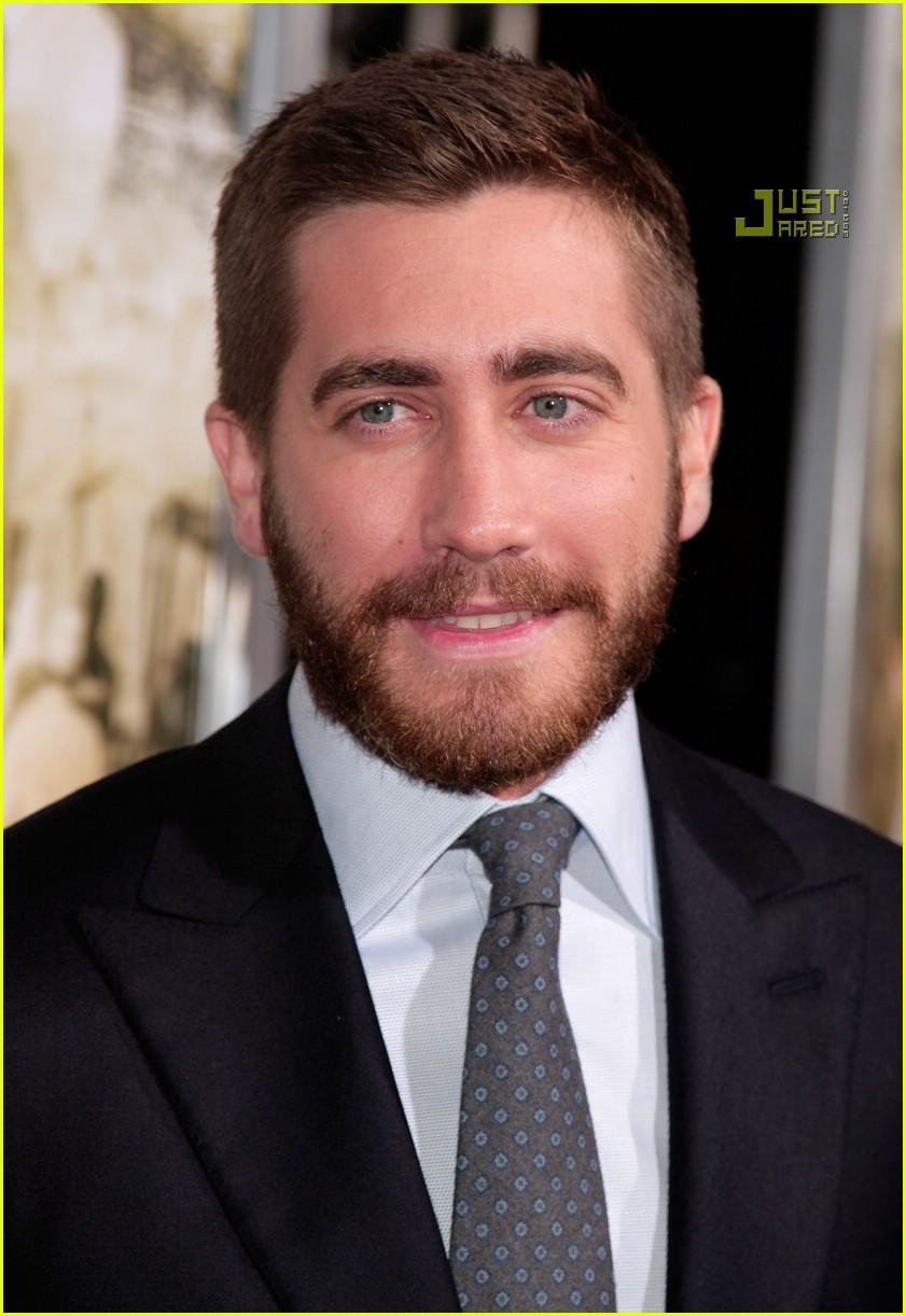 Jake Making Out: Jake Gyllenhaal @ 'Rendition' Premiere: Photo 651081