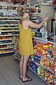hayden panettiere gas station 02