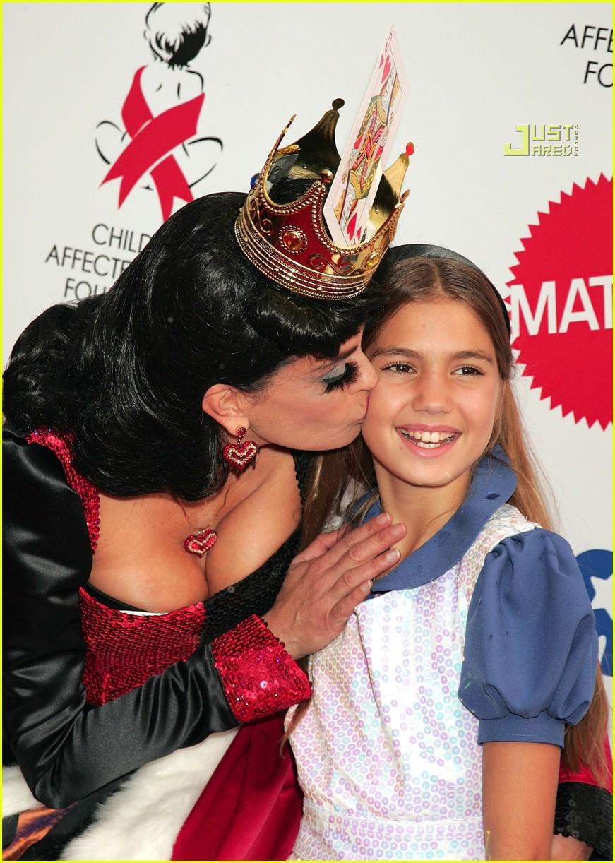 teri hatcher queen of hearts 03693821