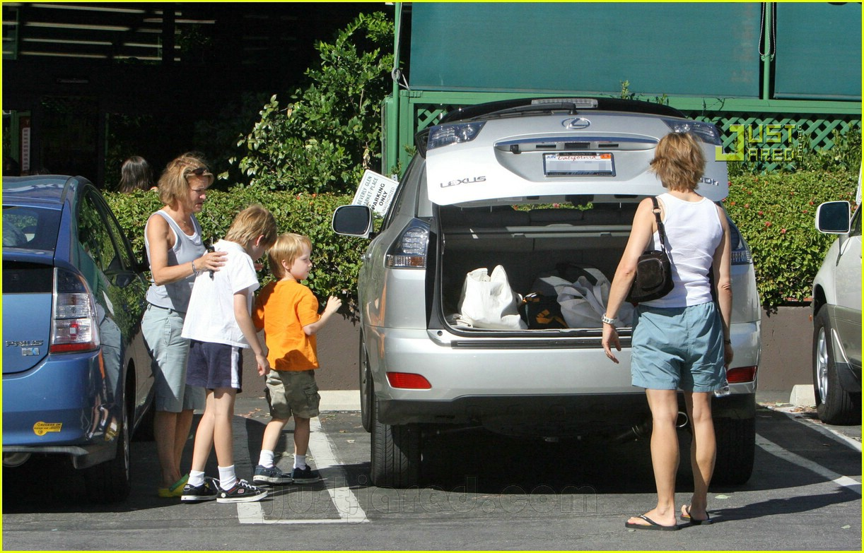 jodie foster kids 07