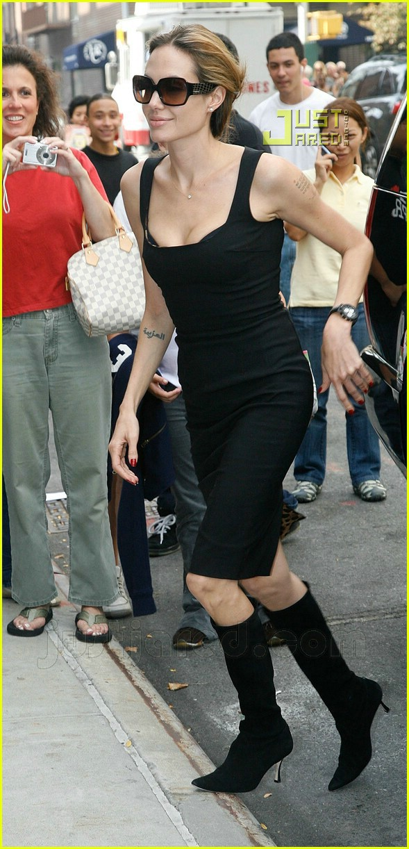 angelina jolie pointy black boots 01637421