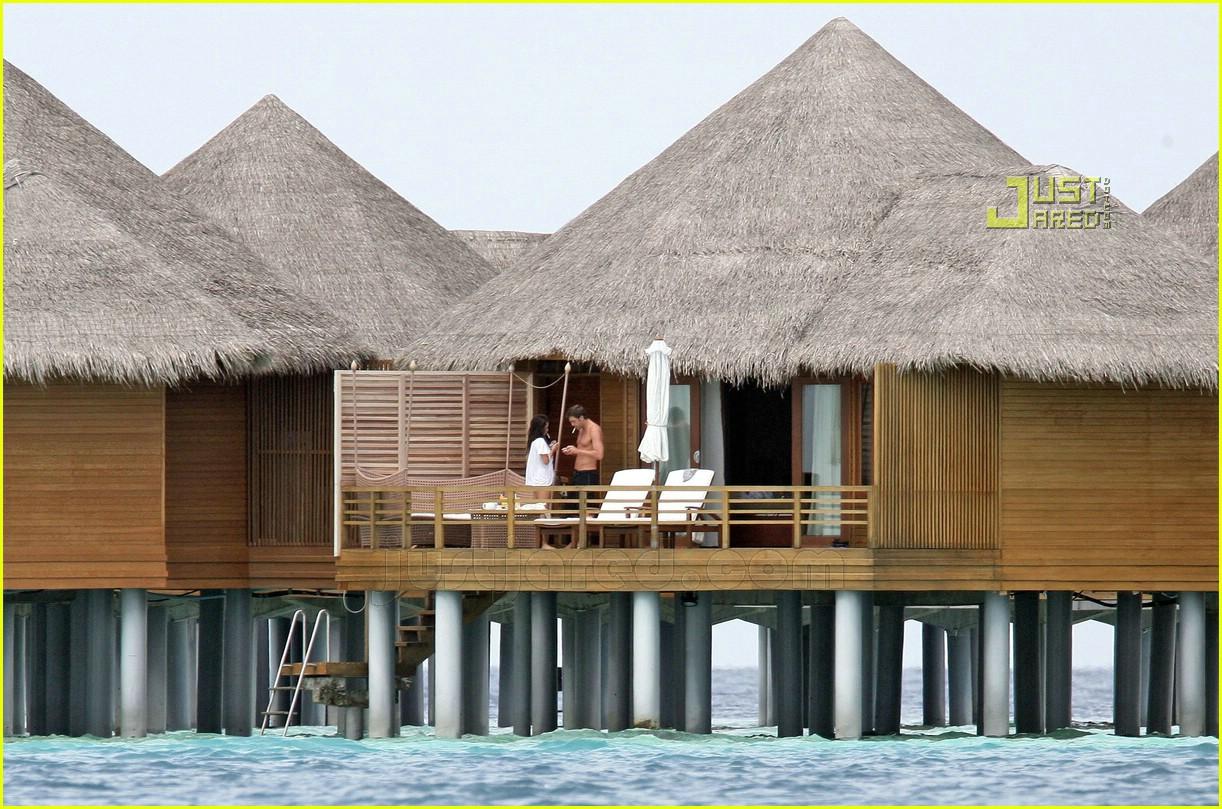 penelope cruz javier bardem maldives 16650101