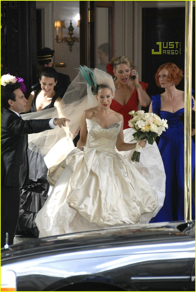 Sex and the city there 39 s a wedding in the works photo for Sarah jessica parker wedding dress