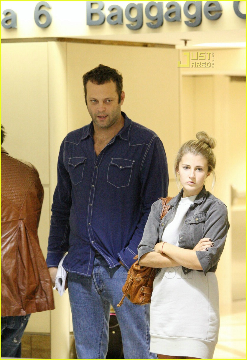 vince vaughn lax airport 01659361