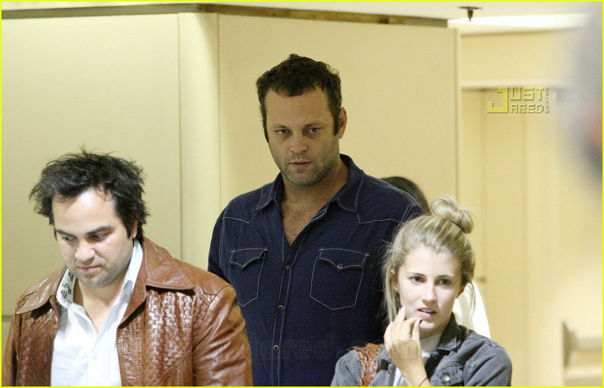 vince vaughn lax airport 09659441