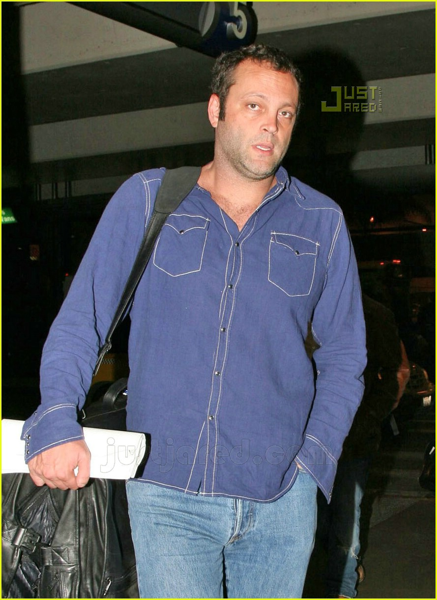 vince vaughn lax airport 13659481
