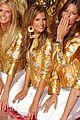 alessandra ambrosio victorias secret fashion show 2007 45