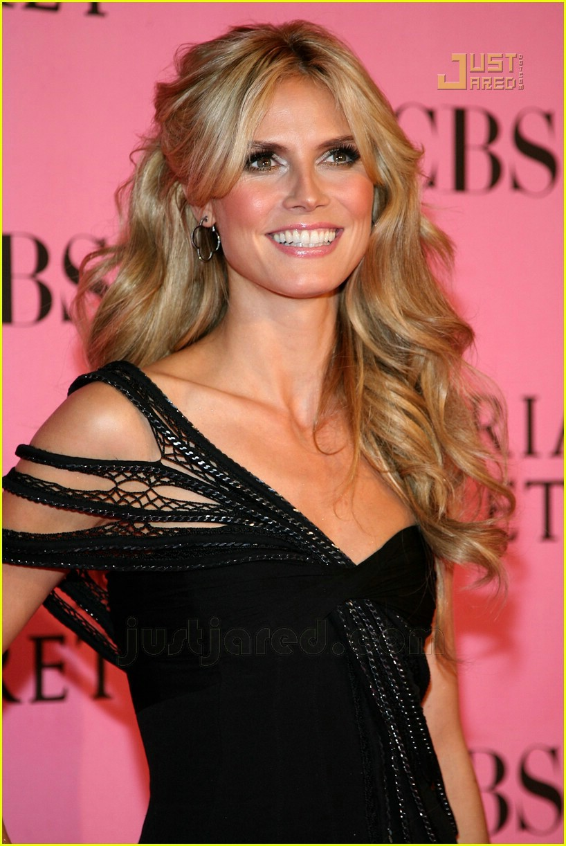 heidi klum seal vs pink carpet 06
