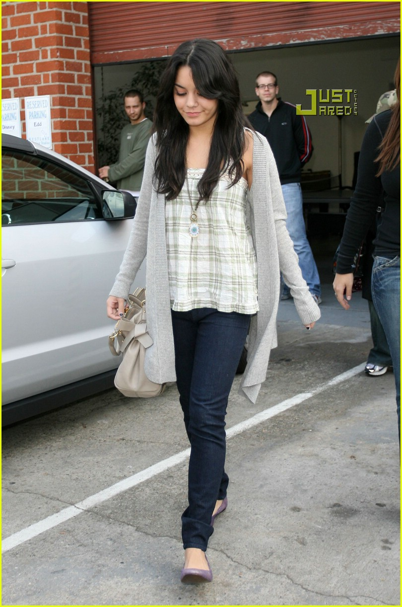 vanessa hudgens teddy bear 20