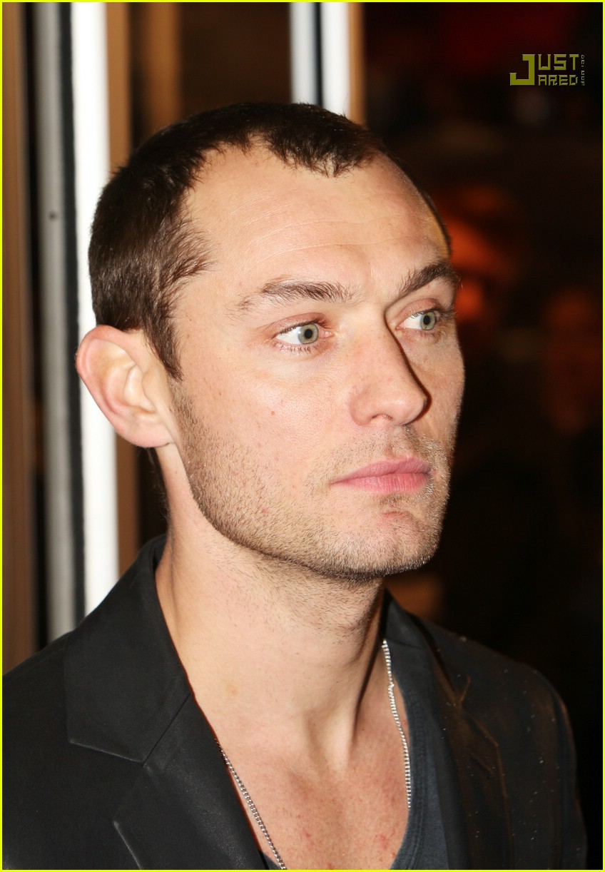 jude law sleuth premiere 01742011