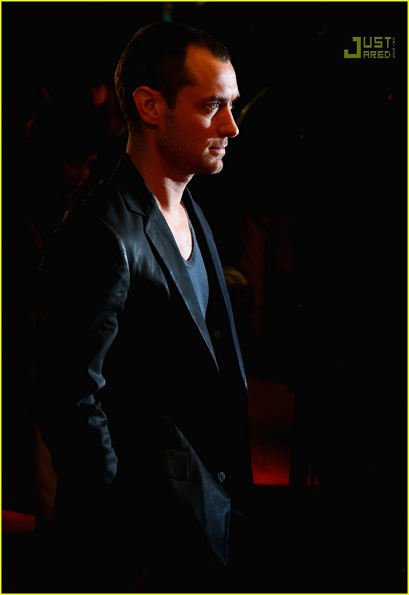 jude law sleuth premiere 13742131