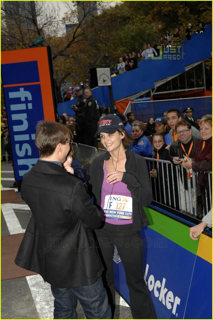 katie holmes nyc marathon victory party 17