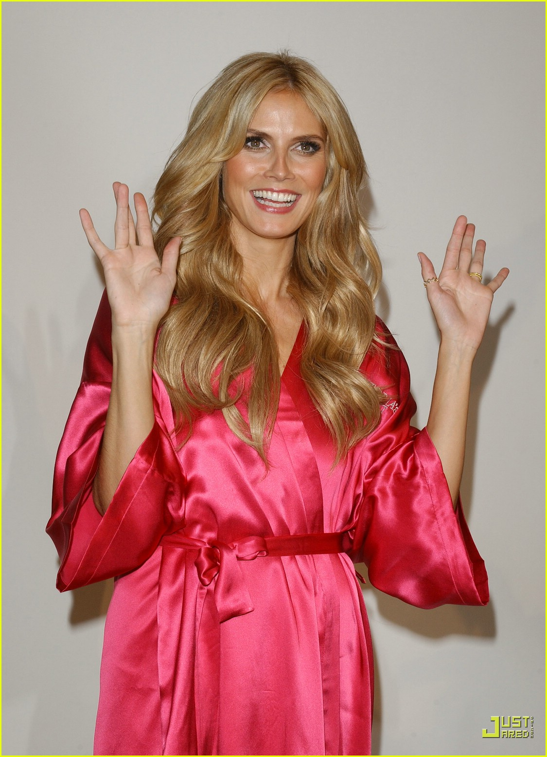 heidi klum victorias secret fashion show 2007 33735731