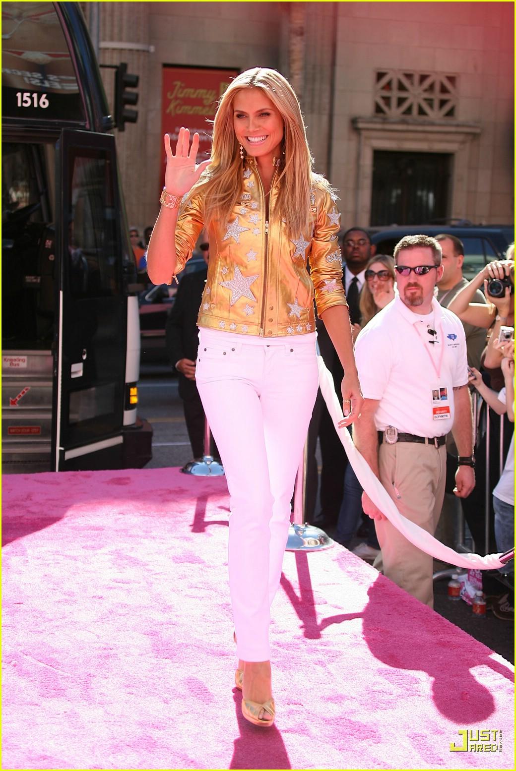 heidi klum victorias secret fashion show 2007 39735791