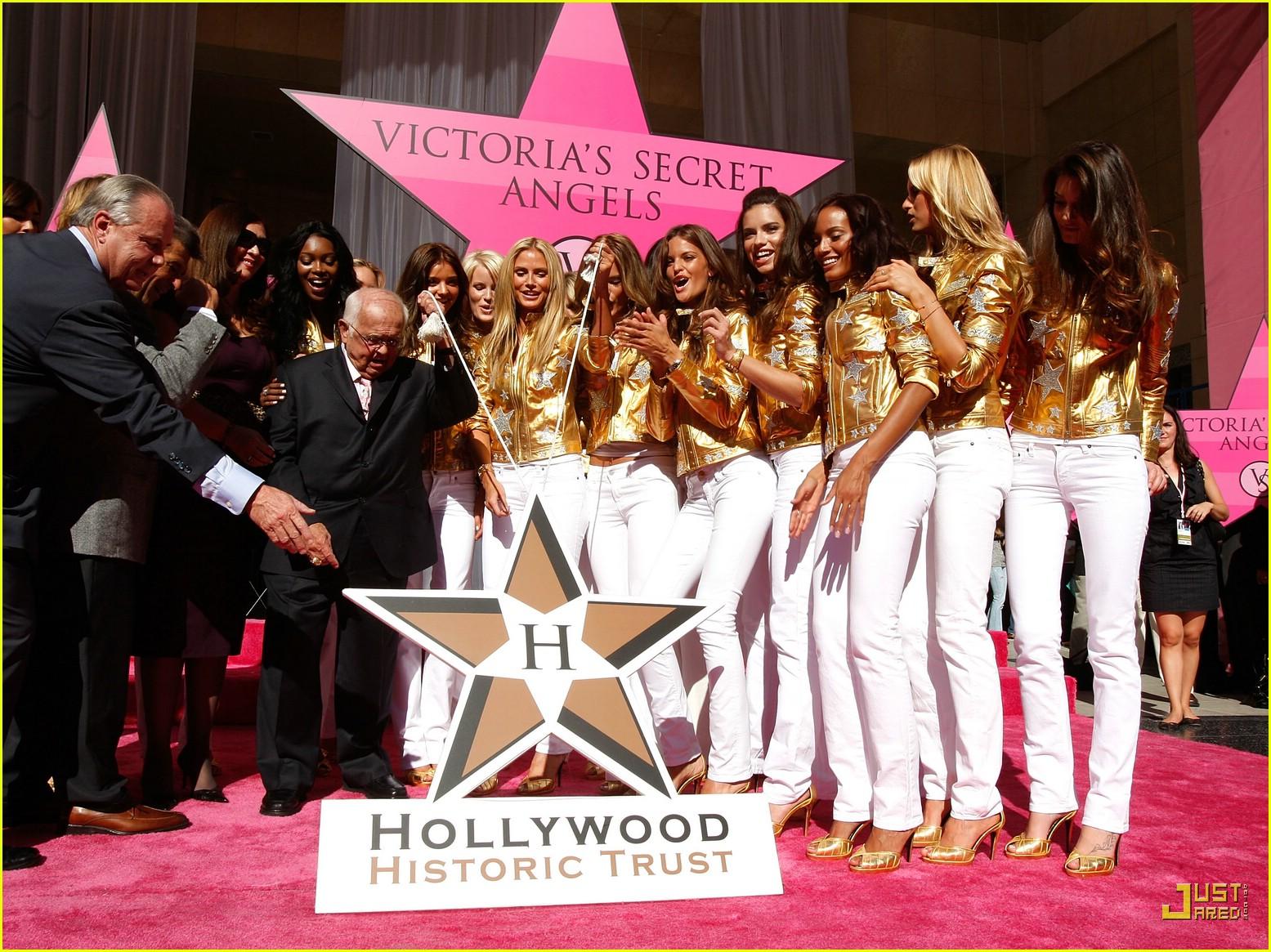 heidi klum victorias secret fashion show 2007 52735921