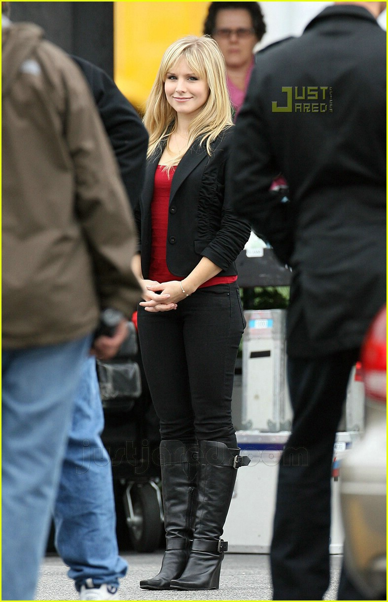 kristen bell zachary quinto heroes 06719241