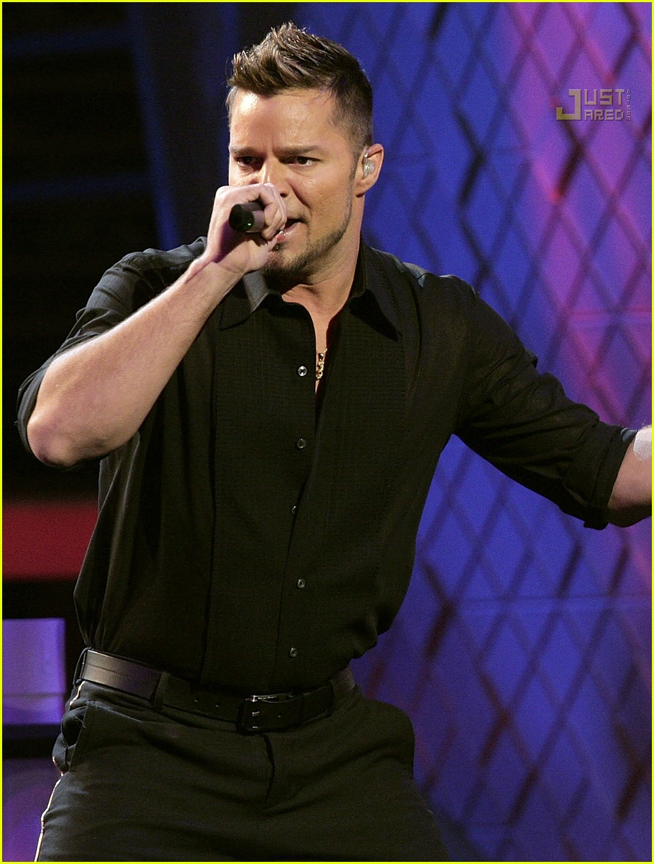ricky martin latin grammy awards 45