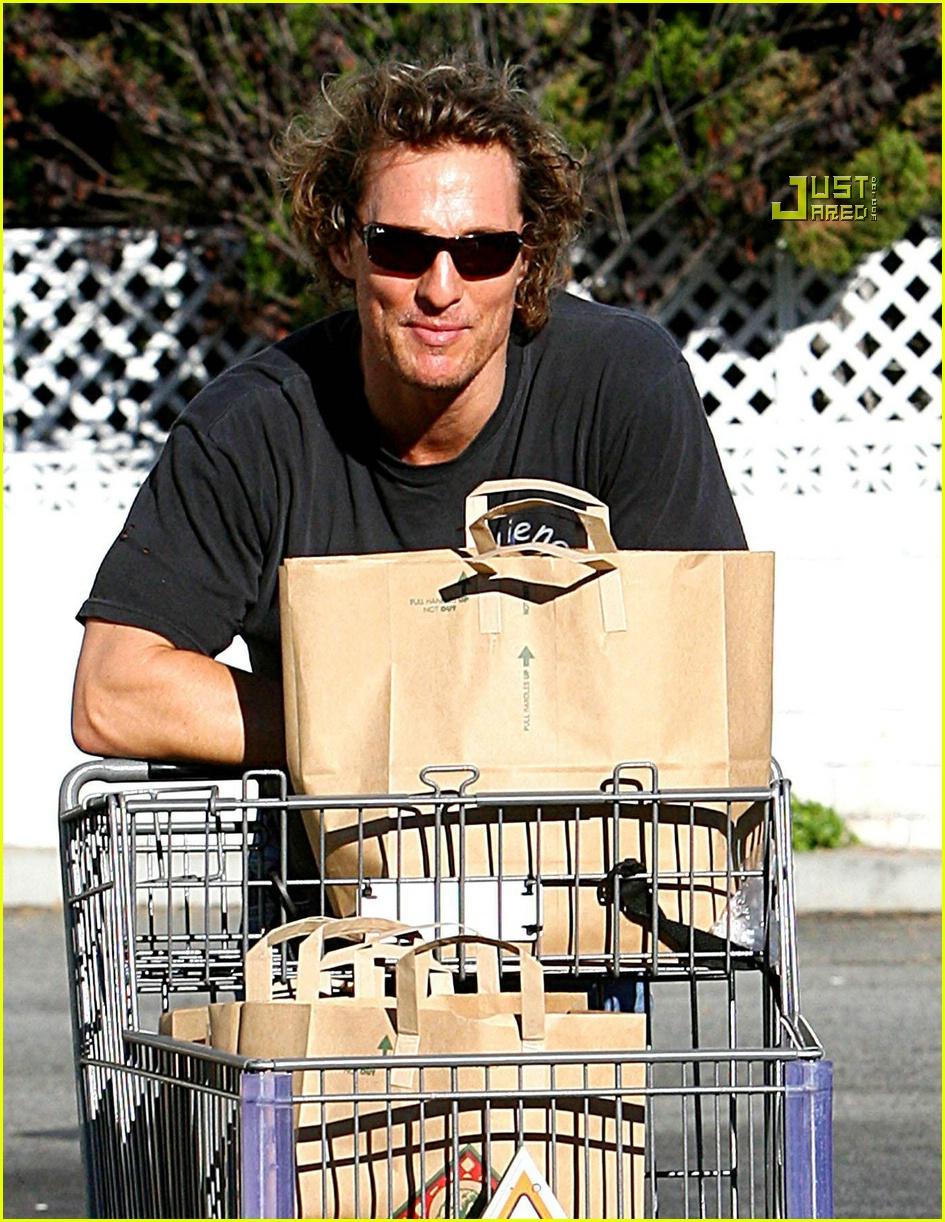 matthew mcconaughey grocery shopping 10756541
