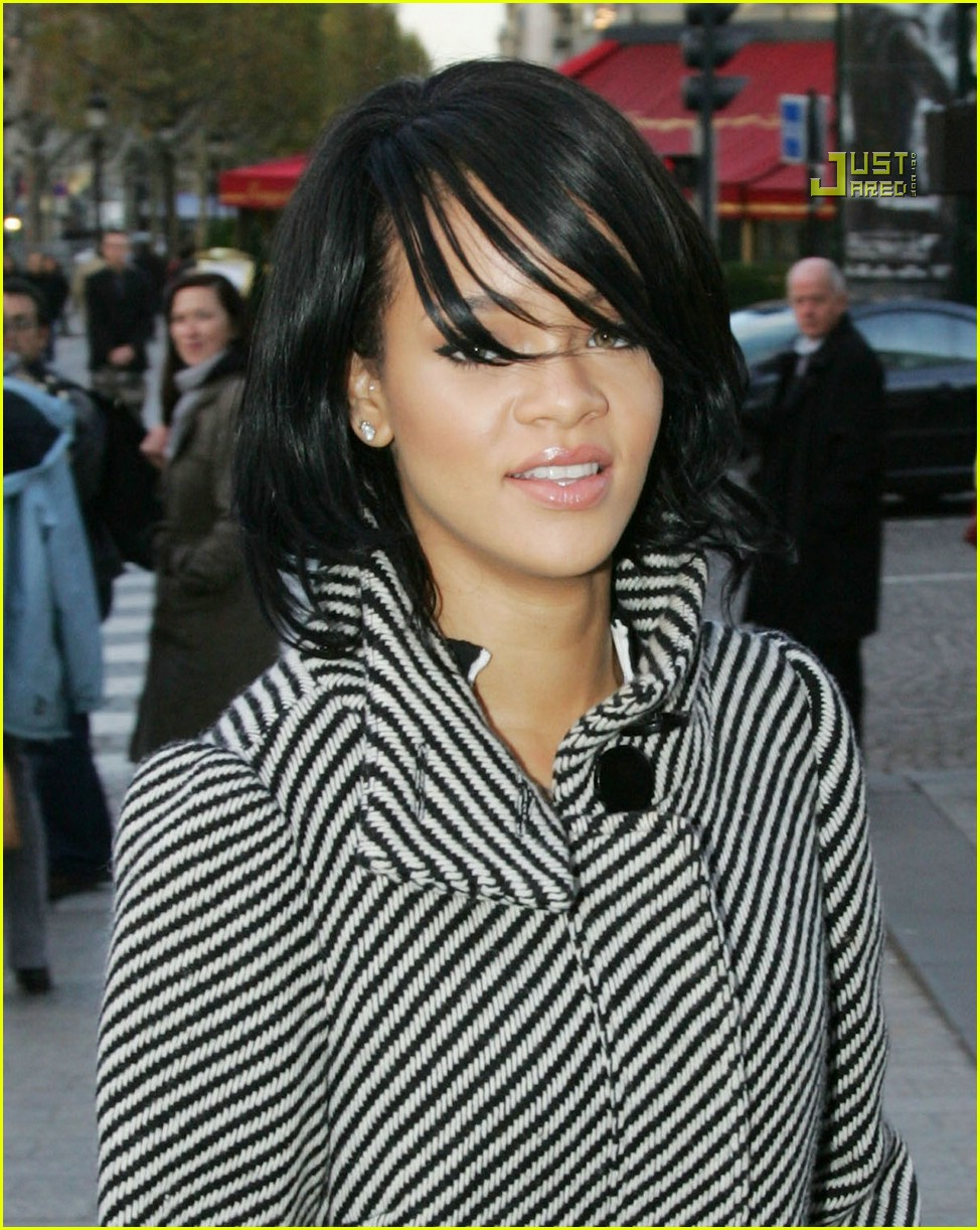 rihanna luxury shopping spree 10726911