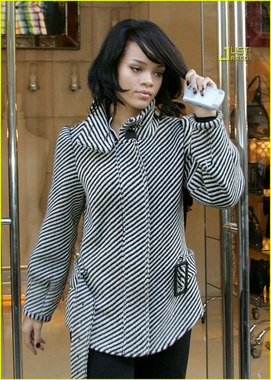 rihanna luxury shopping spree 15