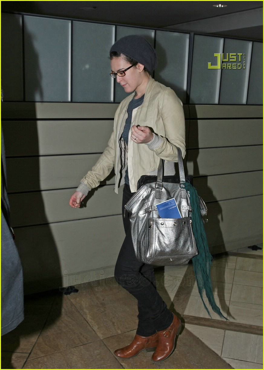 rumer willis lax airport 05715991