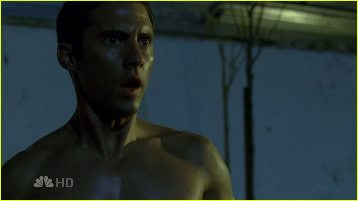 milo ventimiglia shirtless 04