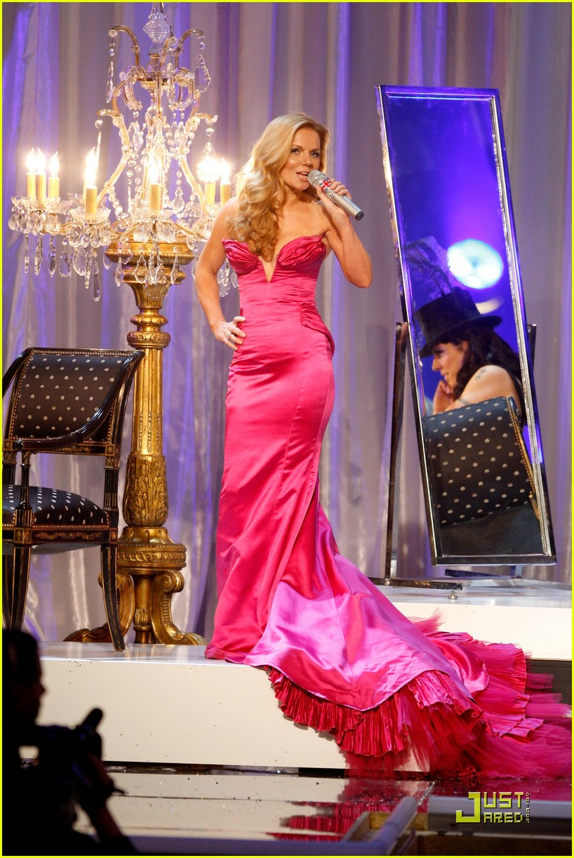 spice girls victorias secret fashion show performance 24736601