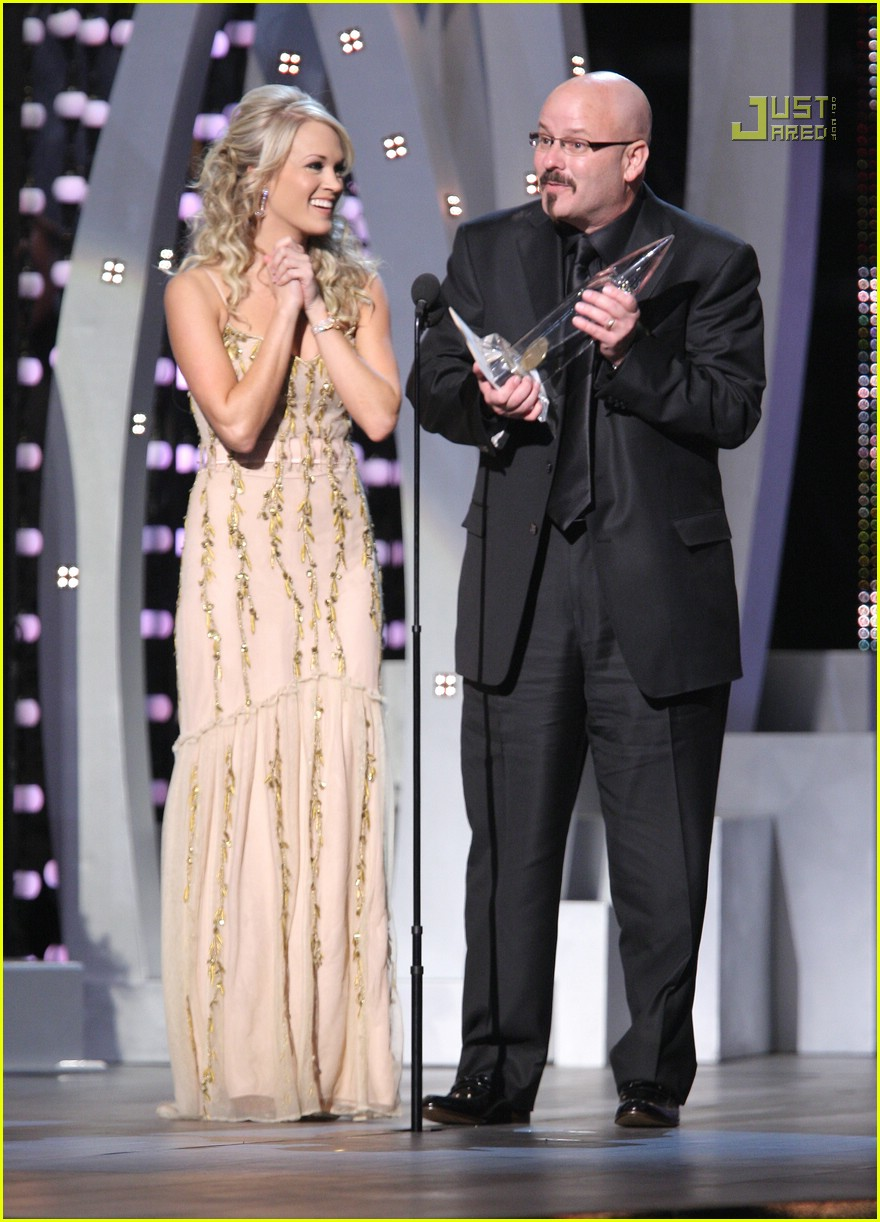 carrie underwood cmas performance 2007 13