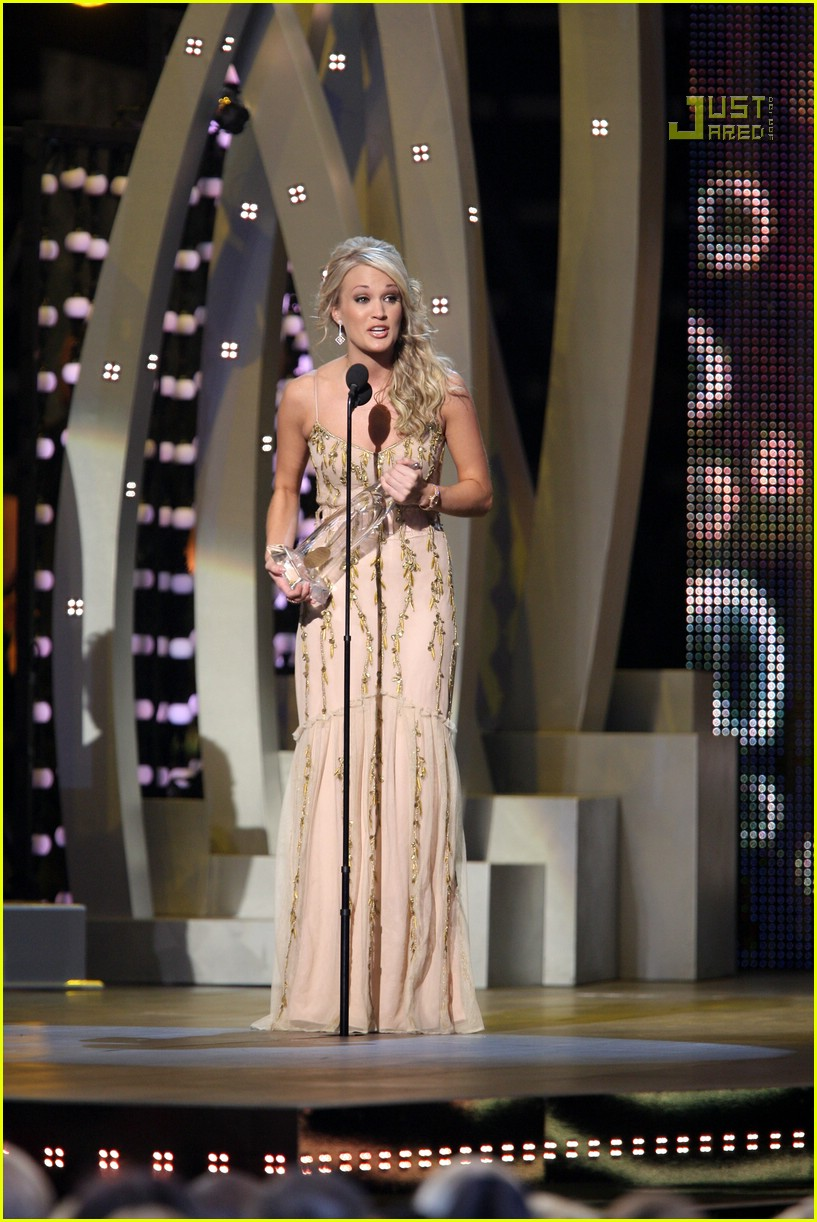 carrie underwood cmas performance 2007 21717371