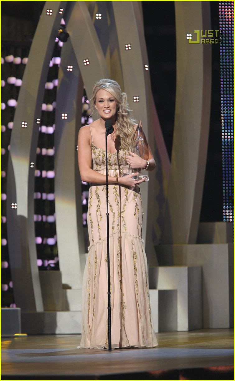 carrie underwood cmas performance 2007 22717381