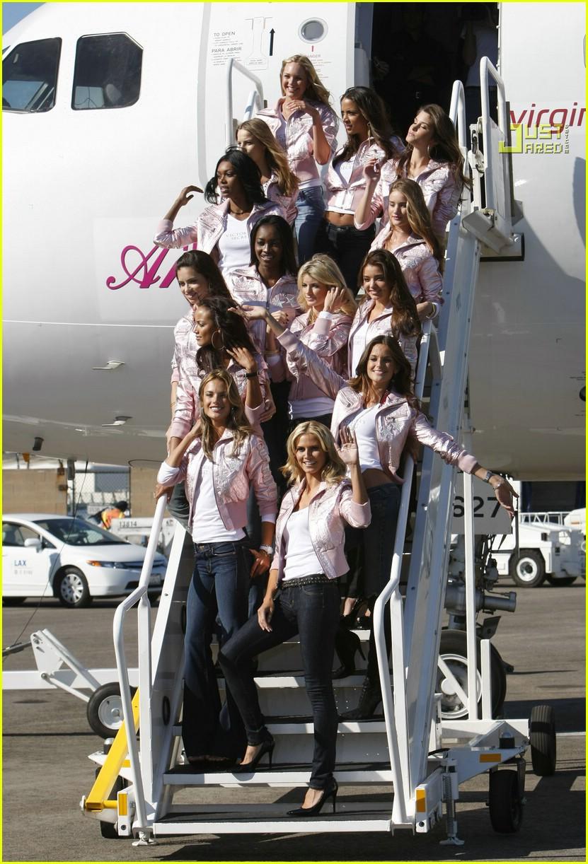 Full Sized Photo of victorias secret fashion show 2007 07 | Photo ...