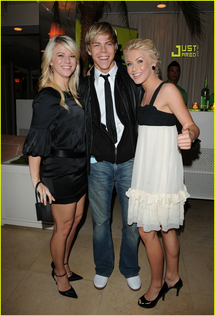 helio castroneves julianne hough party 61