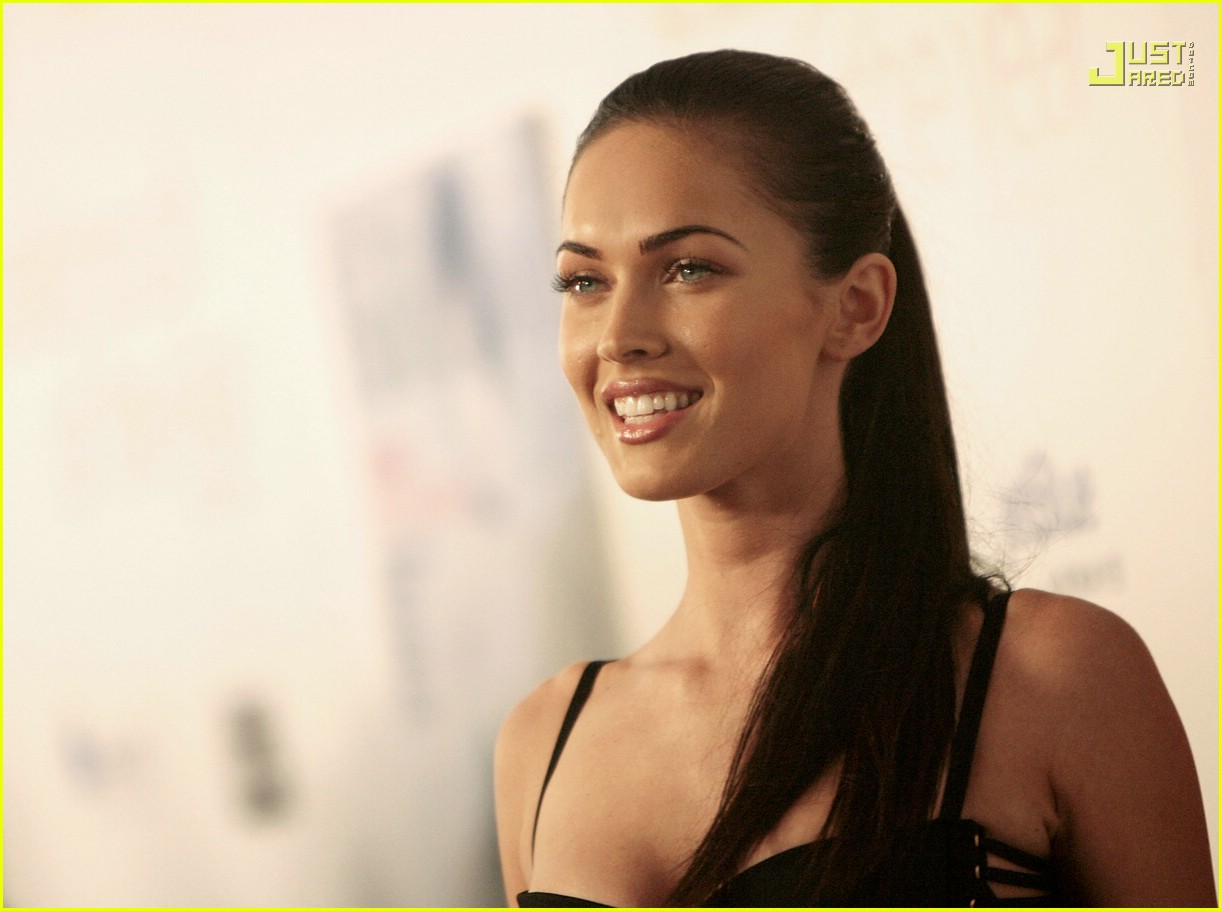 megan fox breakthrough awards 18793211