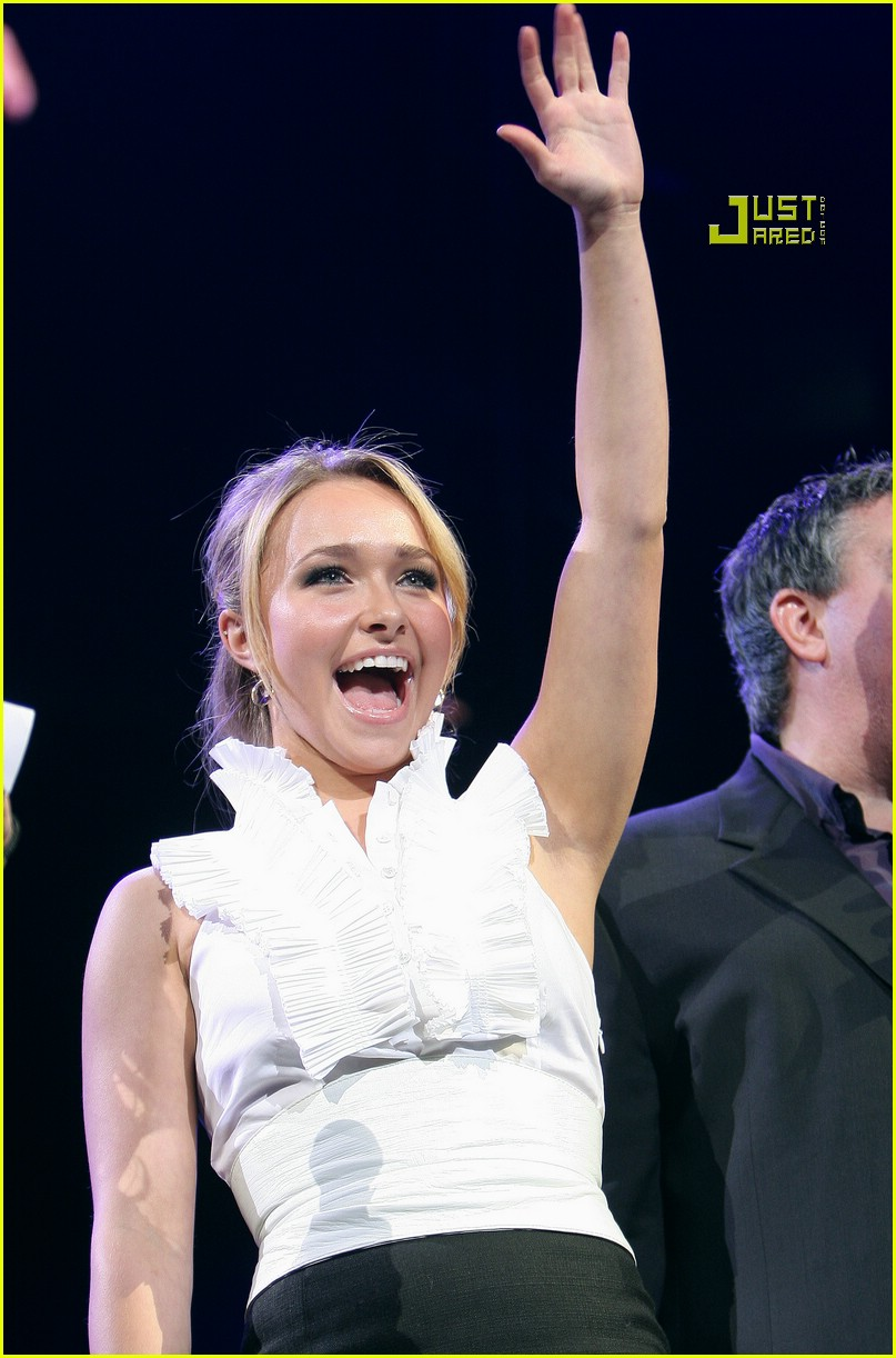 hayden panettiere jingle ball 06804491