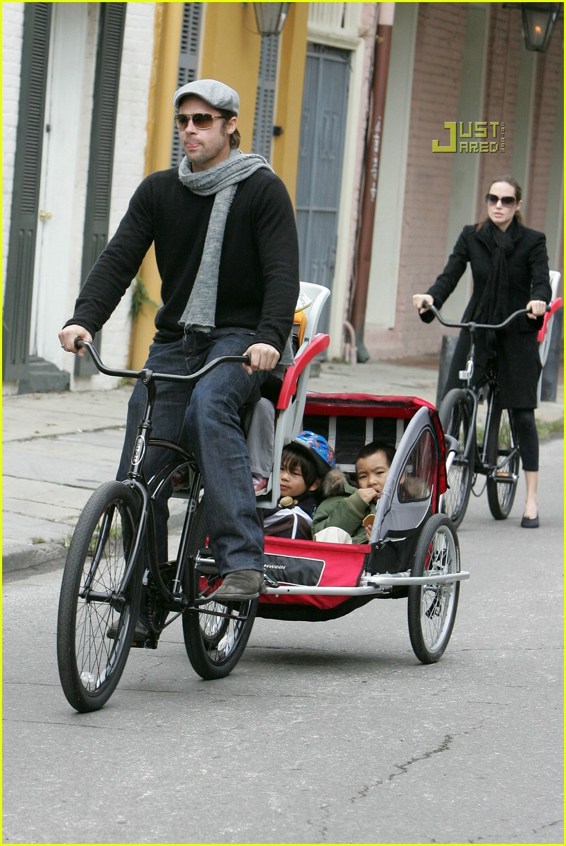 angelina jolie shiloh bicycle 05815301