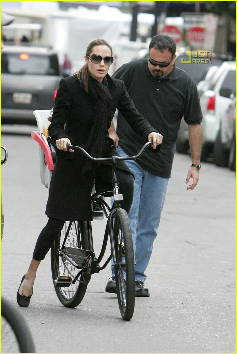 angelina jolie shiloh bicycle 10815351
