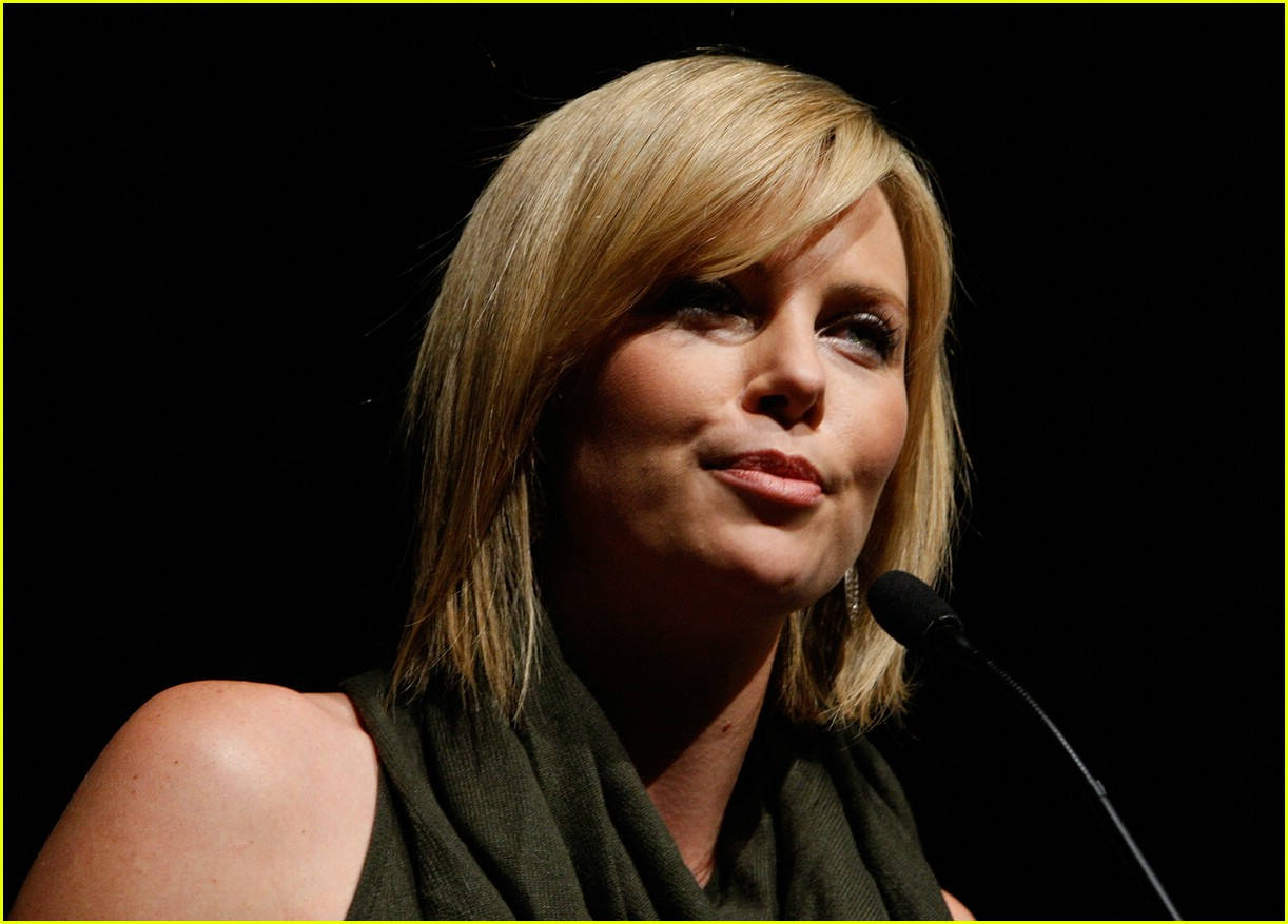 charlize theron sleepwalking 44