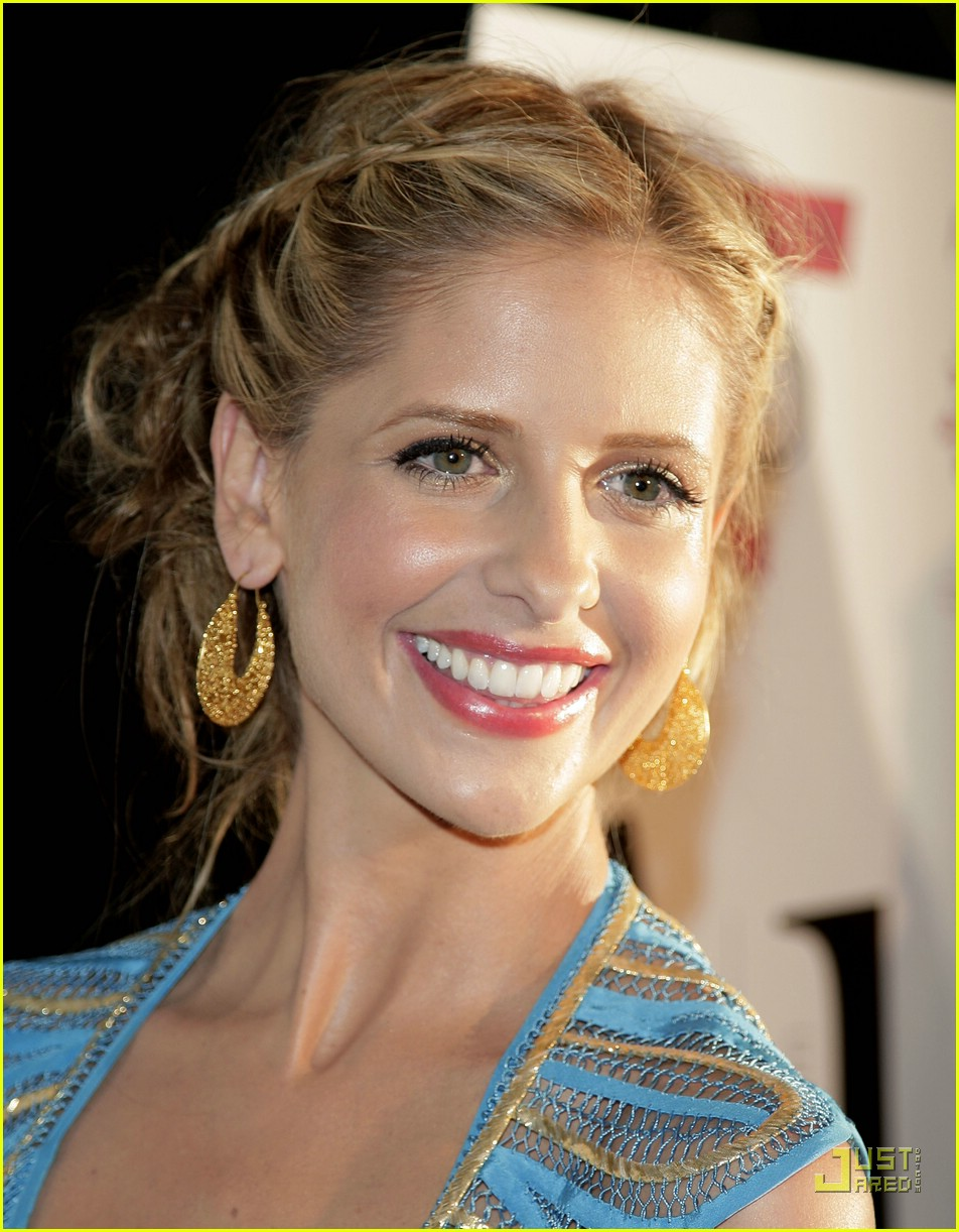 sarah michelle gellar brilliant blue 18