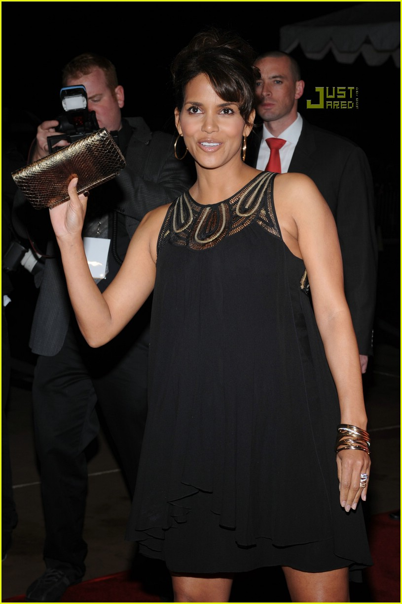 halle berry palm springs film festival 16