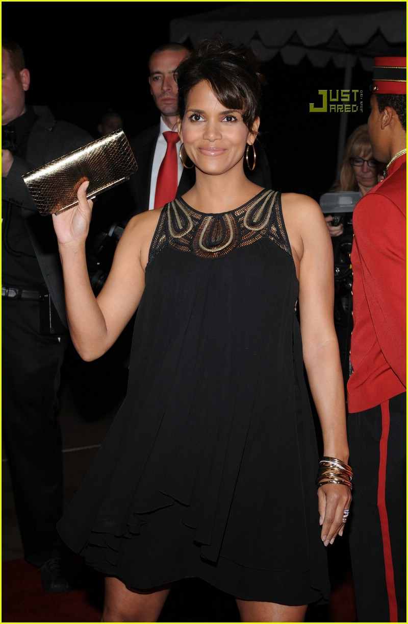 halle berry palm springs film festival 17